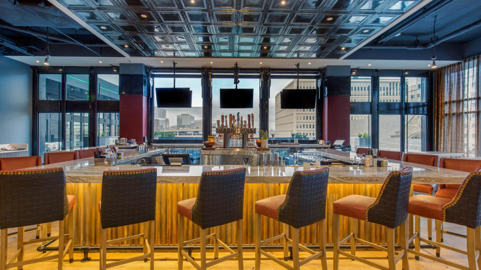 Cambria Hotel Nashville Downtown Bar