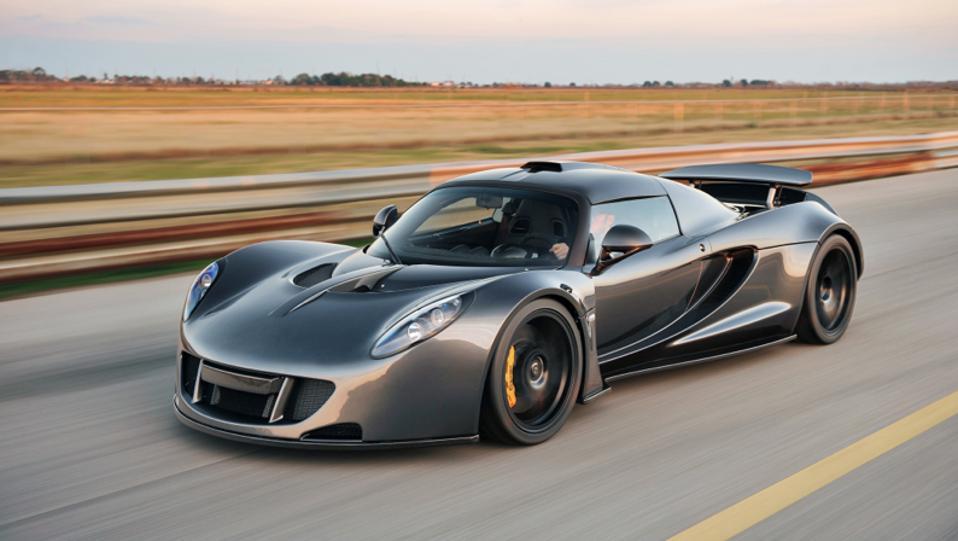 Hennessey Venom GT Silver Driving