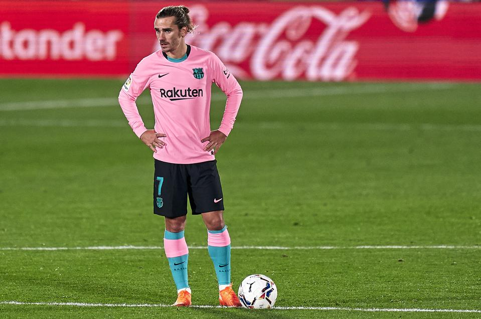 As Fc Barcelona S Antoine Griezmann Looks To Start Against Juventus France Legend Advises Him To Leave