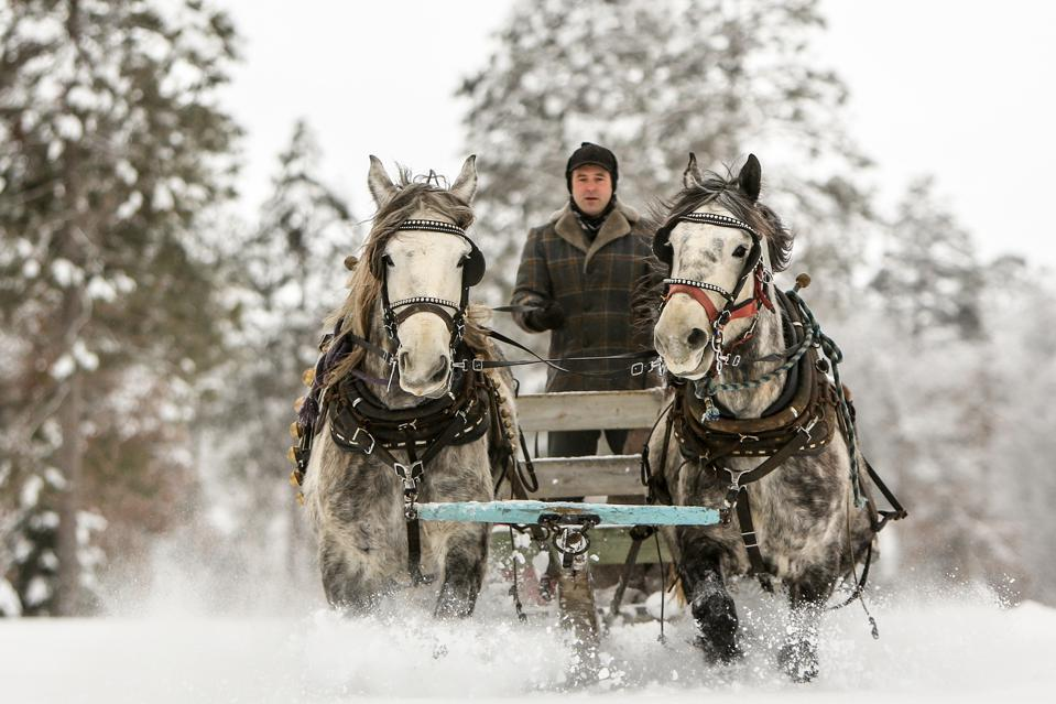 Horse-drawn rides through the snow at Grand View Lodge.