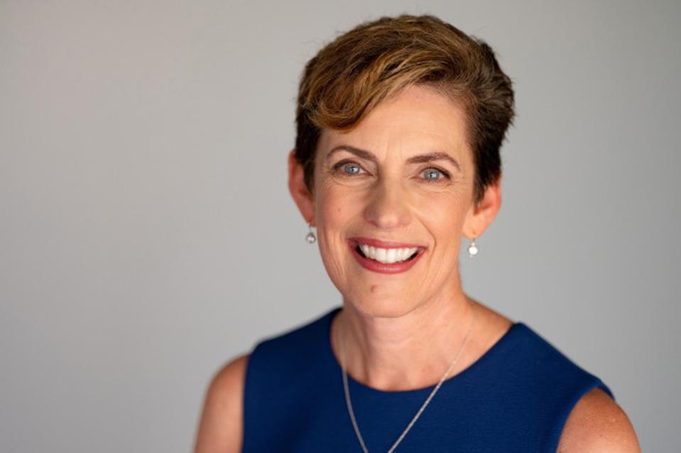 Headshot of Karen Catlin