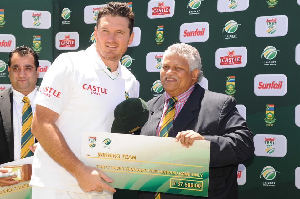 South Africa v Australia - 1st Test: Day 3
