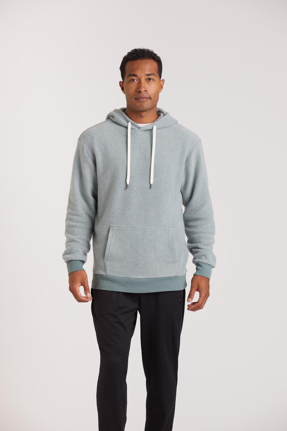 Feat's Blanketblend™ Seaglass Hoodie was inspired by their tie to the ocean. They wanted the perfect combination of green, blue and grey to mirror the place that inspires them the most. The perfect hoodie to throw on to warm up after a surf or stay cozy for an evening walk.