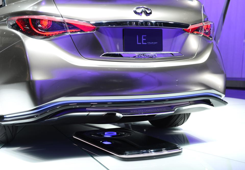 The Infiniti LE electric concept car on