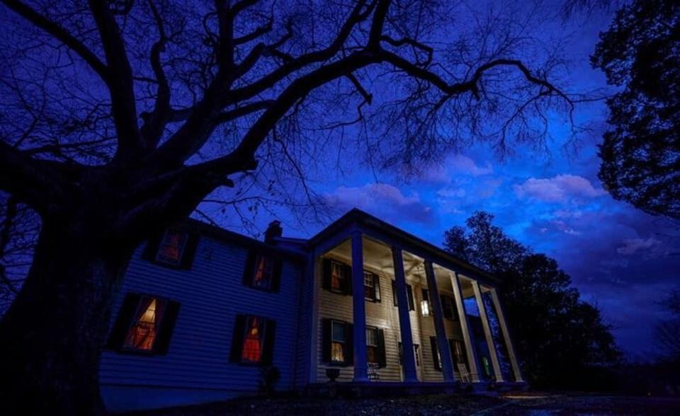 A creepy view of Linville Manor in Upper Marlboro, Maryland.