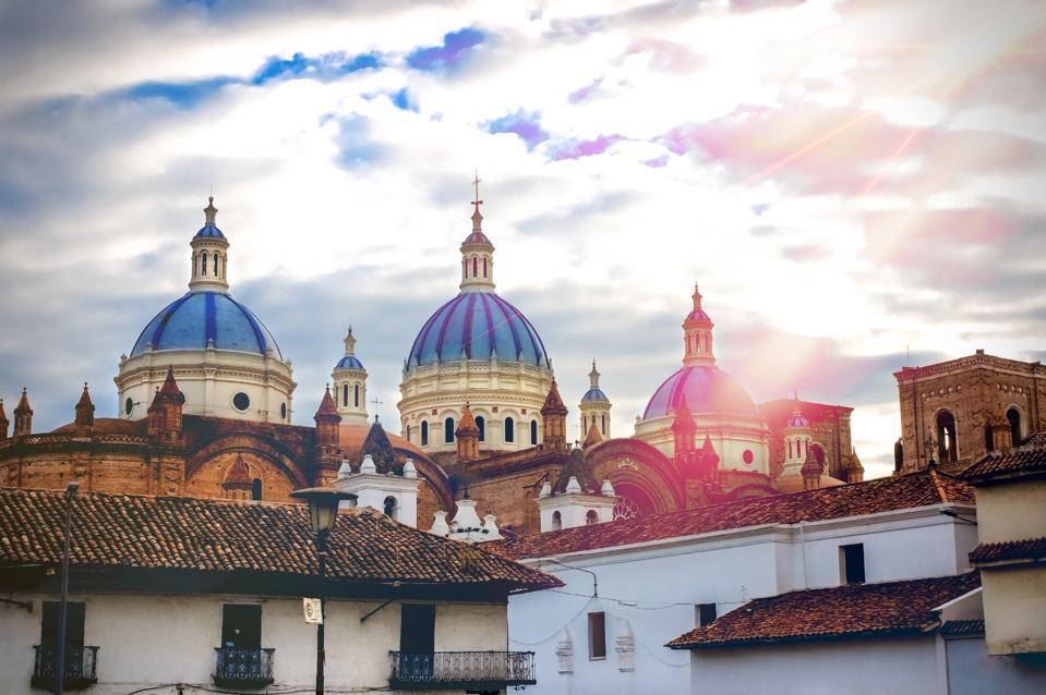Cuenca, Ecuador leaves the United States