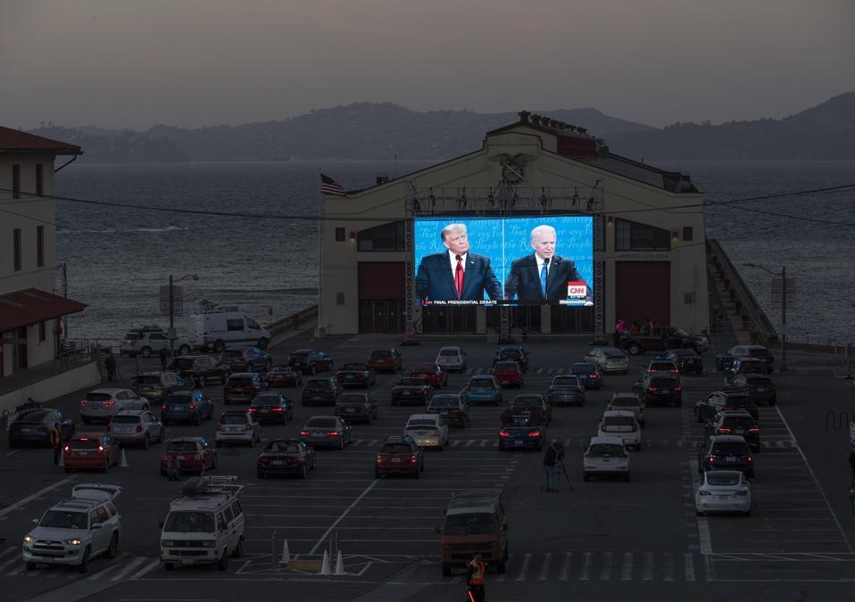 People Watch The Last Presidential Debate In San Francisco
