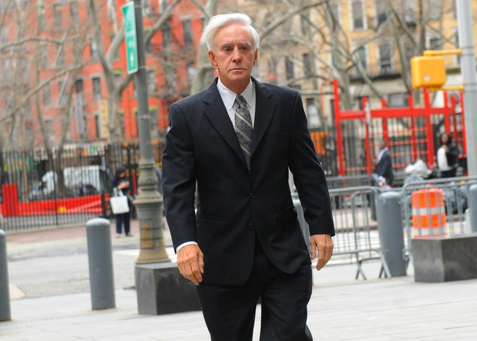 Billy Walters walking into federal courthouse in lower Manhattan (2017).