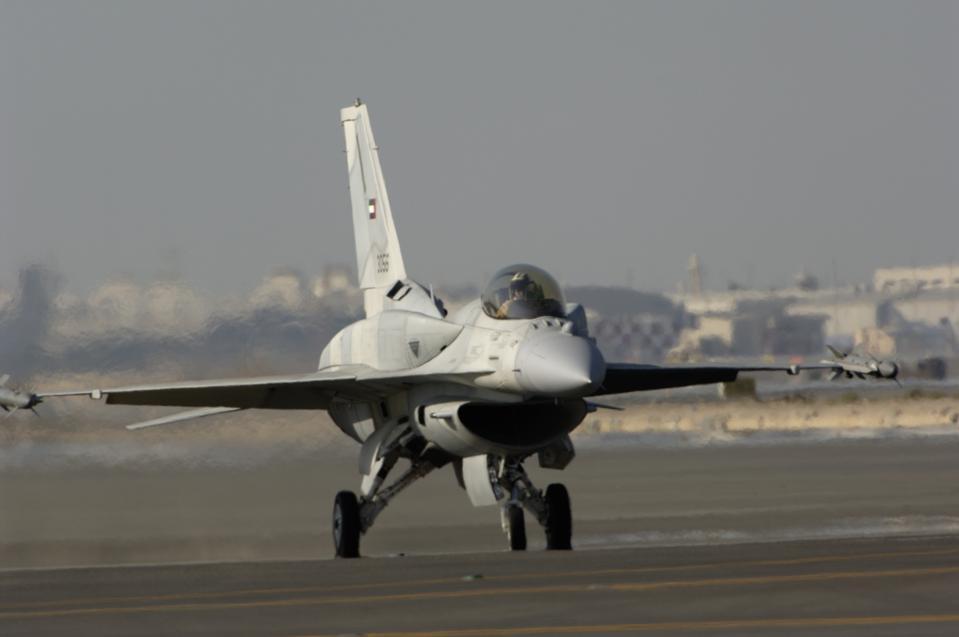 Desert Falcon Block 60 with conformal dorsal fuel tanks taxiing