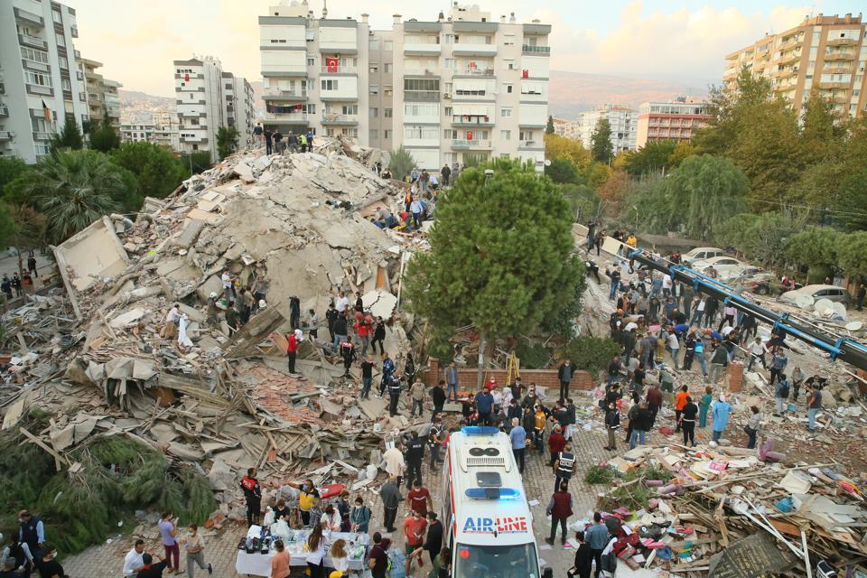 Quake shakes Turkey's Aegean Sea coast