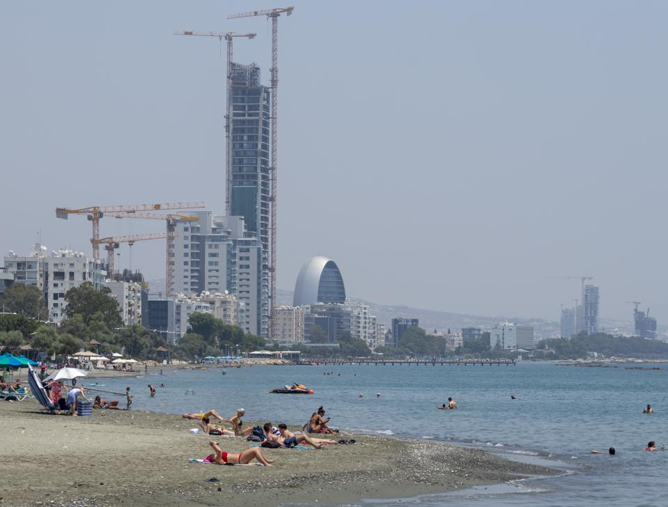 Cyprus in search of investments