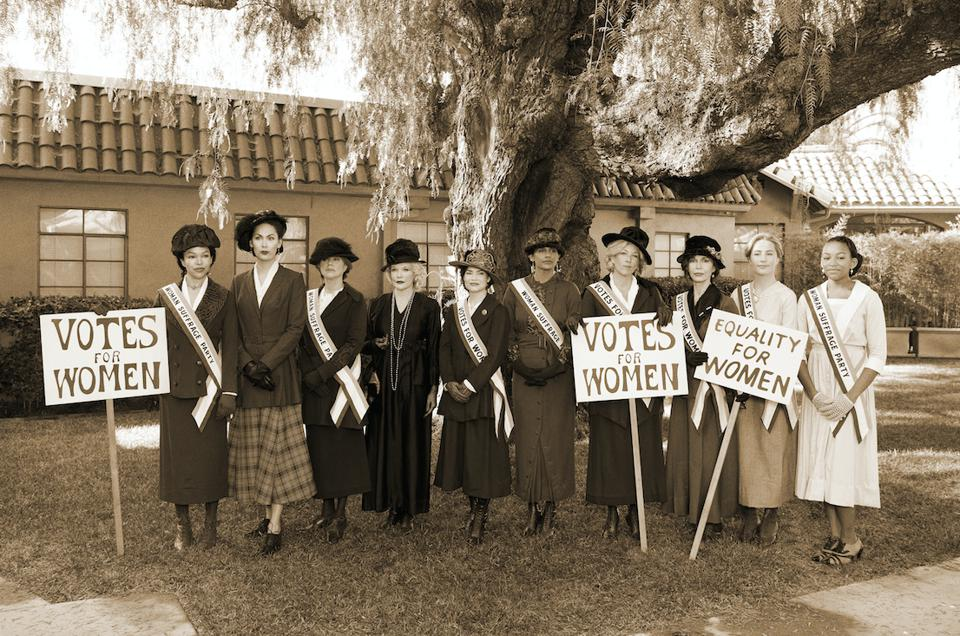 The ″General Hospital″ cast in vintage costumes for a special episode about the suffragette movement.