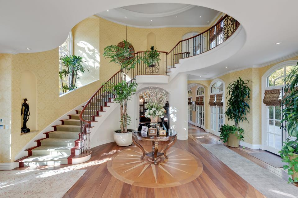 KISS, Gene Simmons, California, luxury, real estate, great room, foyer, grand staircase