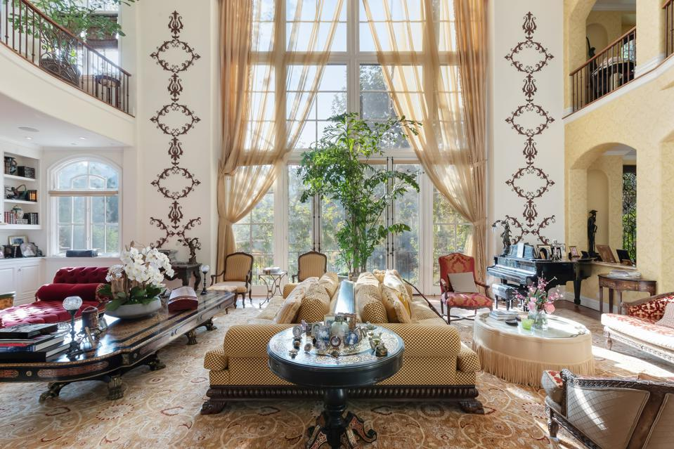 KISS, Gene Simmons, Beverly Hills, California, taxes, luxury, real estate, great room