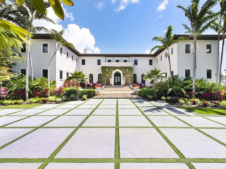 Tahiti Beach Island, Miami, Coral Gables, private beach, architect Ramon Pacheco, gated