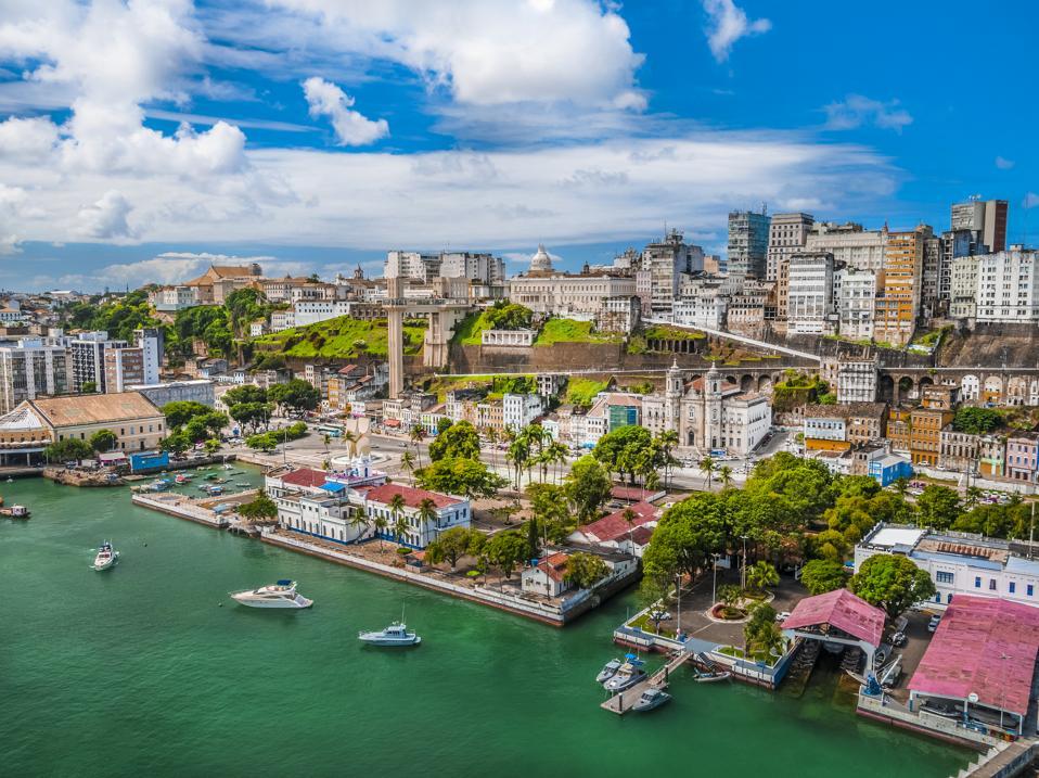 Elevador Lacerda, Salvador, Bahia - Brasil travel without restrictions tourism