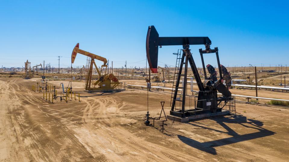 قیمت نفت آرمان تحلیل