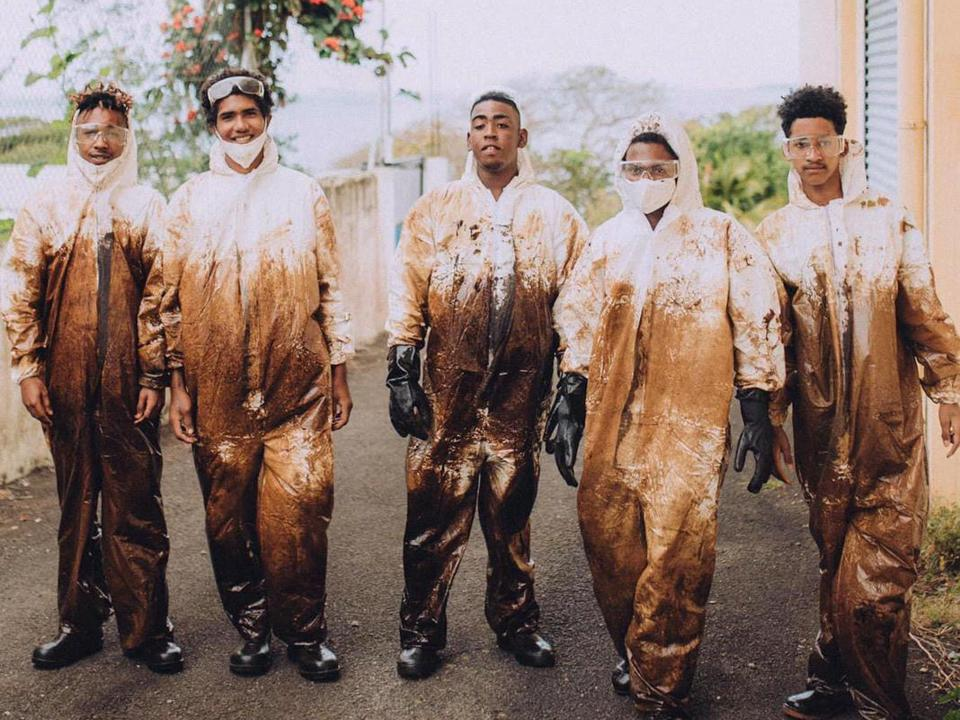 Volunteers from across Mauritius helped with the oil spill response