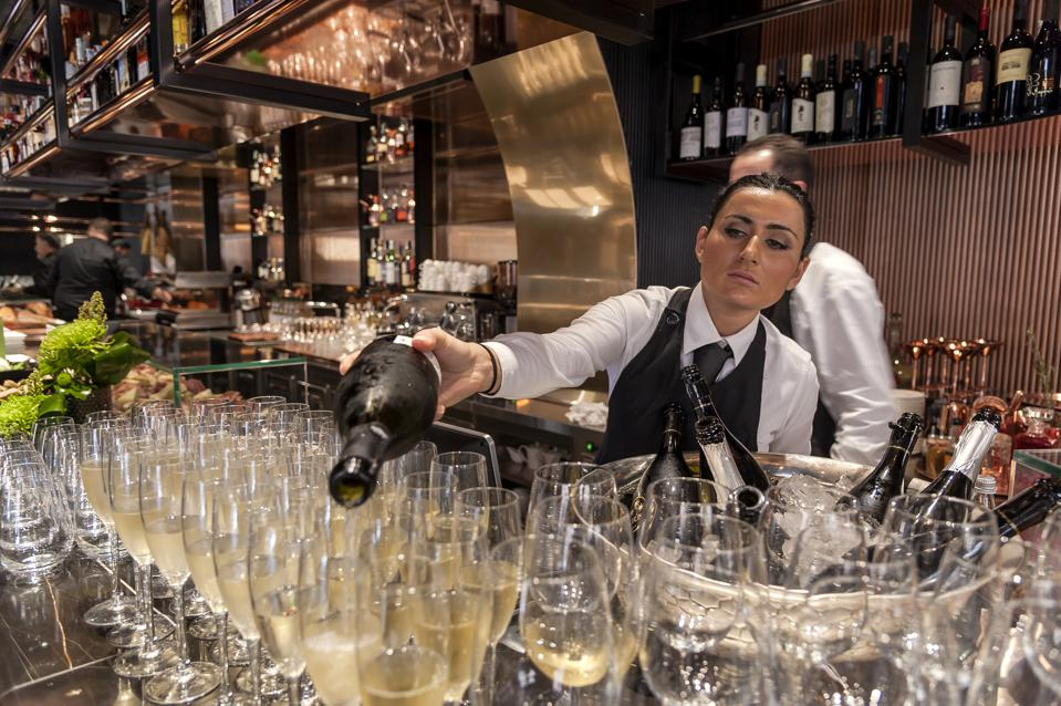 Wine Shop ″Vyta″ Opens In Rome