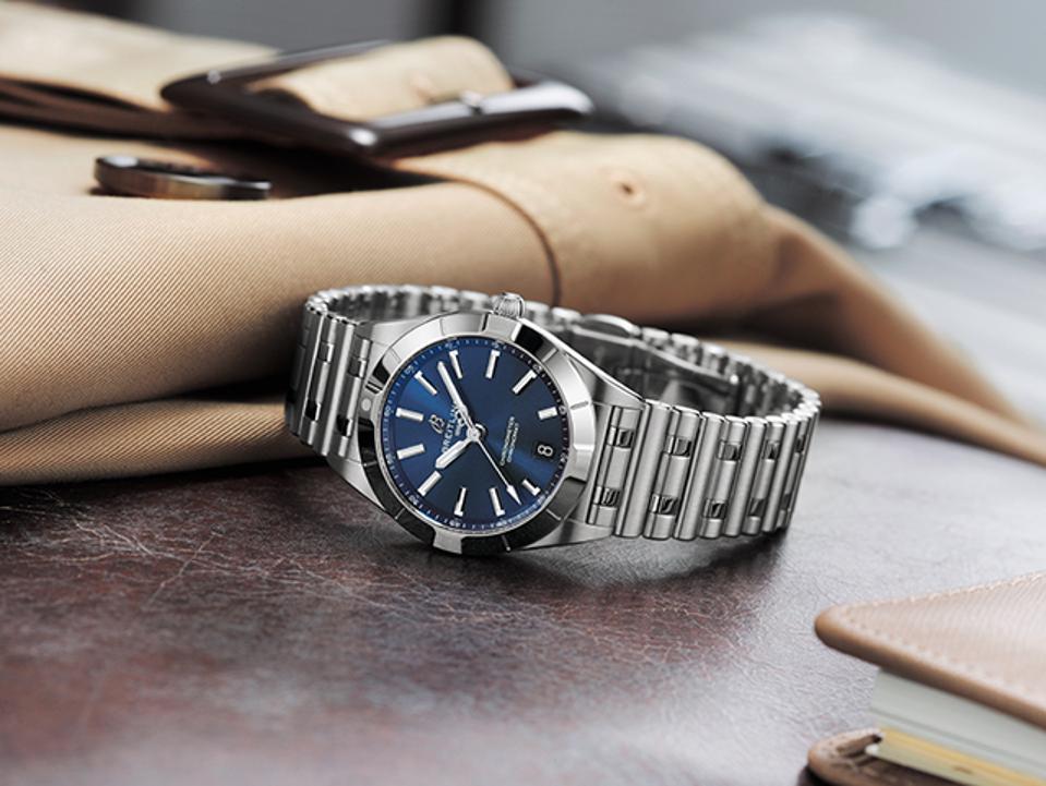 The Breitling Chronomat 32.