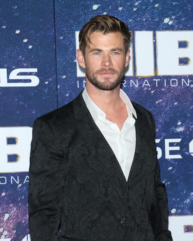 Chris_Hemsworth_2