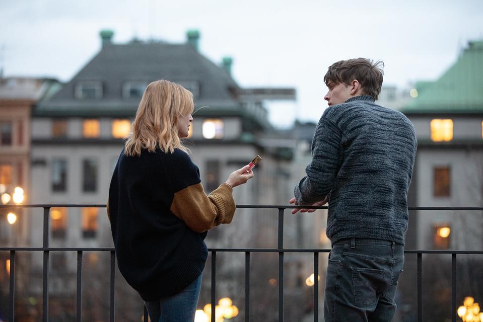 Ida Engvoll and Björn Mosten in 'Love & Anarchy' (Photo credit: Ulrika Malm/Netflix)