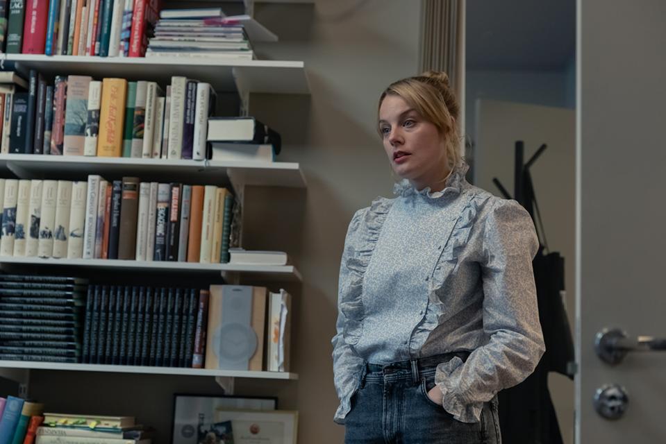 Ida Engvoll as Sofie in 'Love & Anarchy' (Photo credit: Ulrika Malm/Netflix)