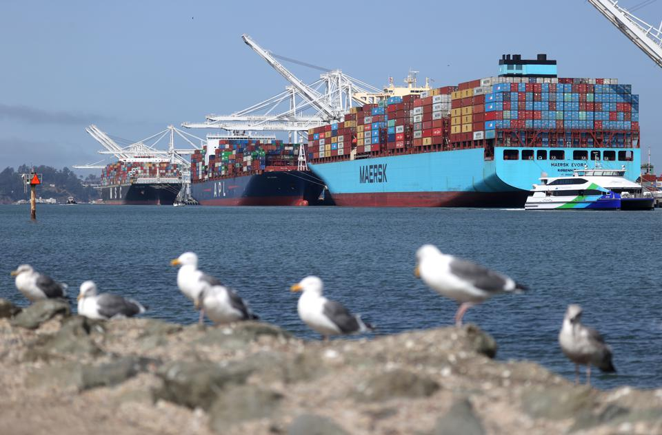 18 Sep 2020: Container ships sit parked  at the Port of Oakland, California. The U.S. current-account deficit expanded in the second quarter to $170 billion from a revised $111.5 billion in the first quarter, a 52.9% increase.