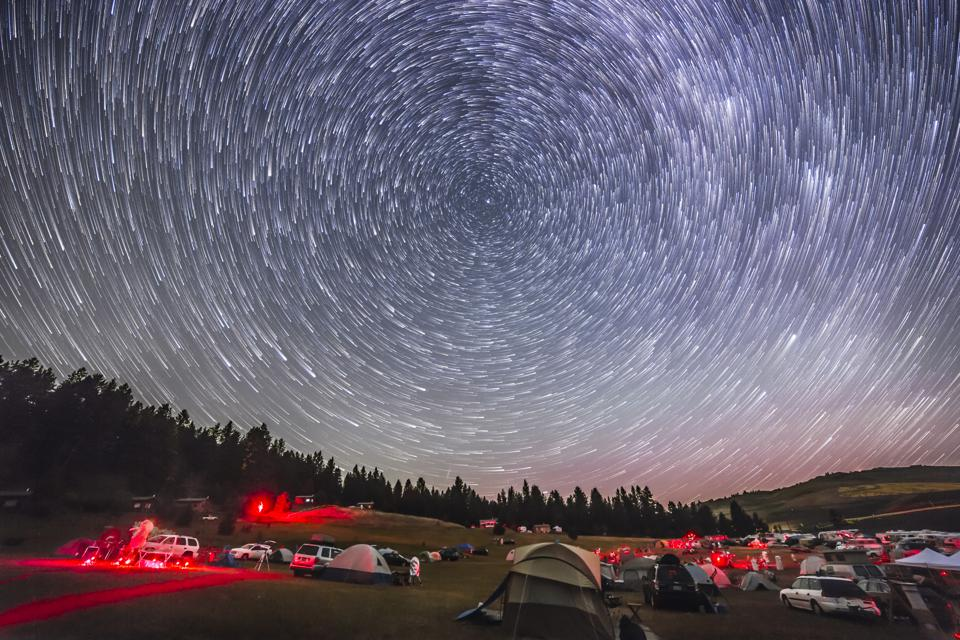 The northern stars turn around Polaris and the North Celestial Pole.