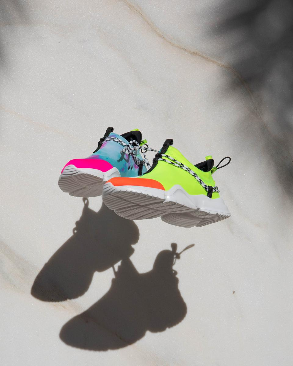 John Geiger ″What The″ 002 Low