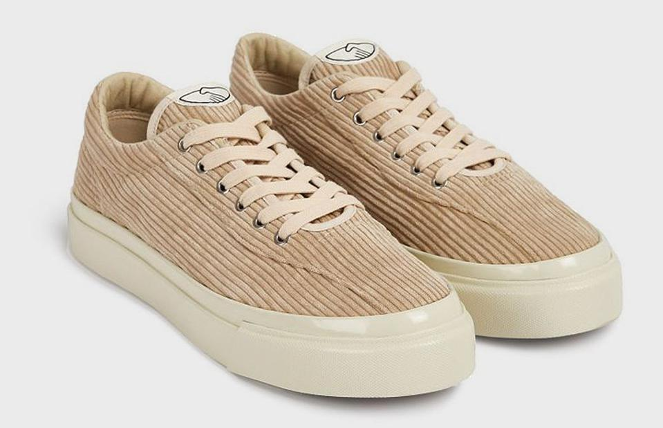 The Dellow is built with luxe cord uppers, durable high wall fixings and vulcanized rubber sole units. Offered in a luxe Ecru color-way, the Dellow is an easy affordable go-to.