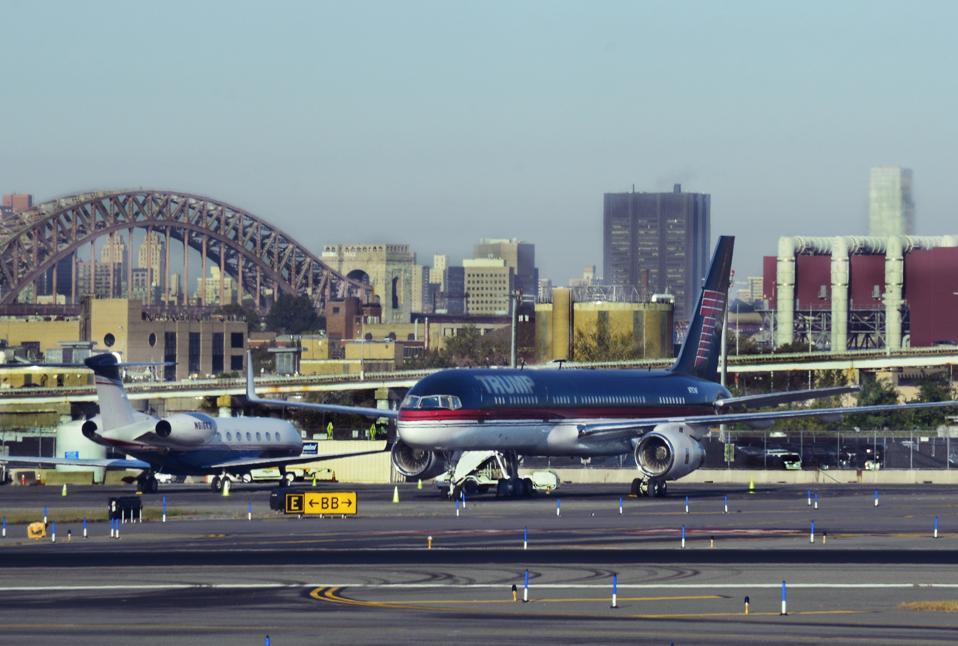 Donald Trump Boeing 757-200