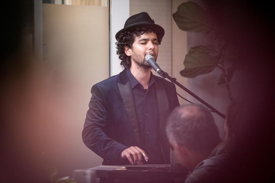 One of Shuk Shuka's top musicians, Ali Paris.