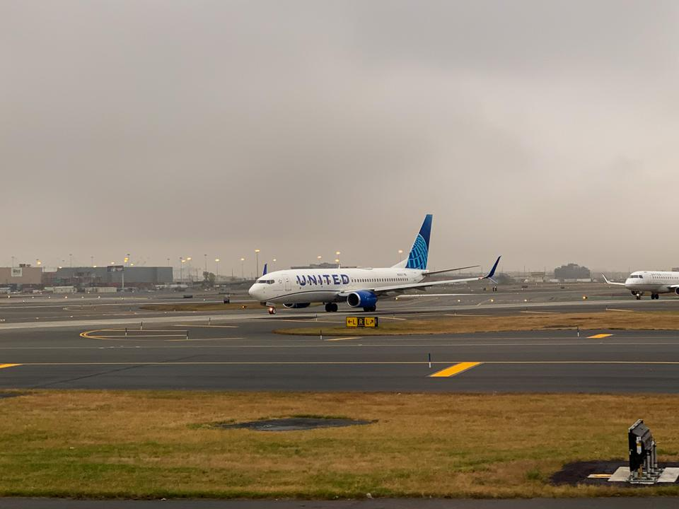 United Airlines Newark domestic flights which airline is best