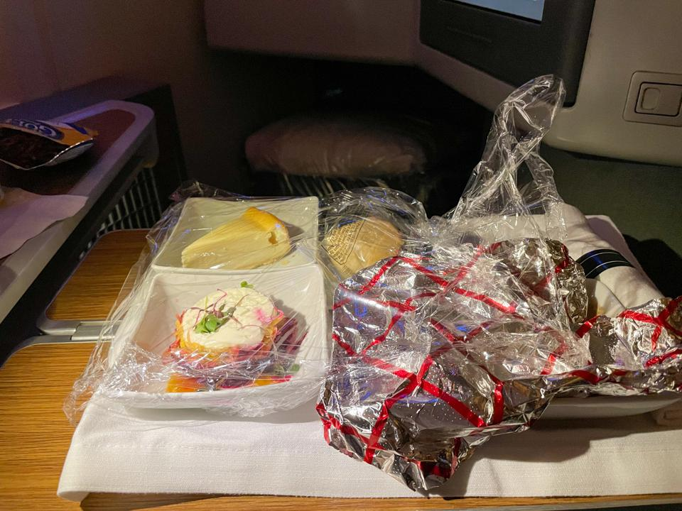 American Airlines dinner service Miami Los Angeles flagship business 777-300ER pandemic