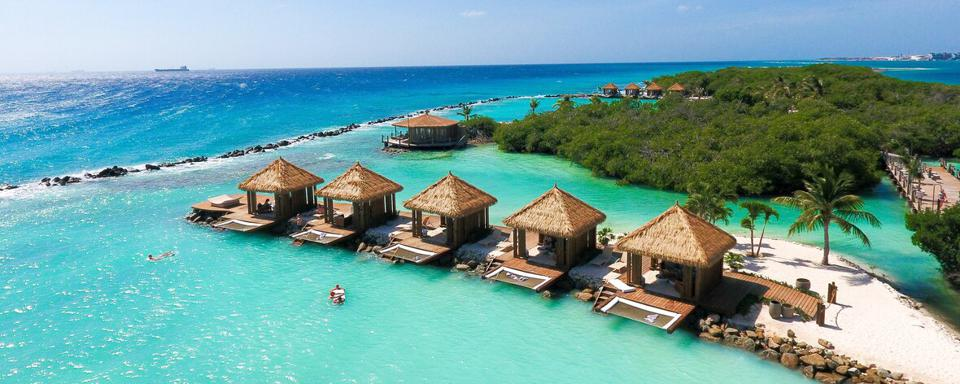 Renaissance Aruba cabanas Black Friday Cyber Monday Travel Tuesday