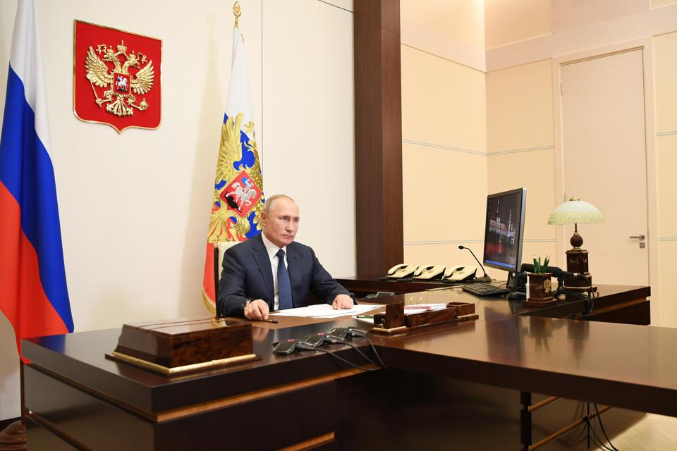 Russian president Putin makes televised statement over situation in Nagorno Karabakh