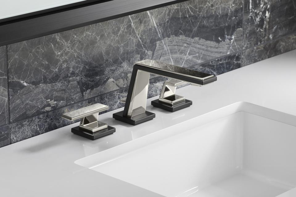 Silver sink faucet