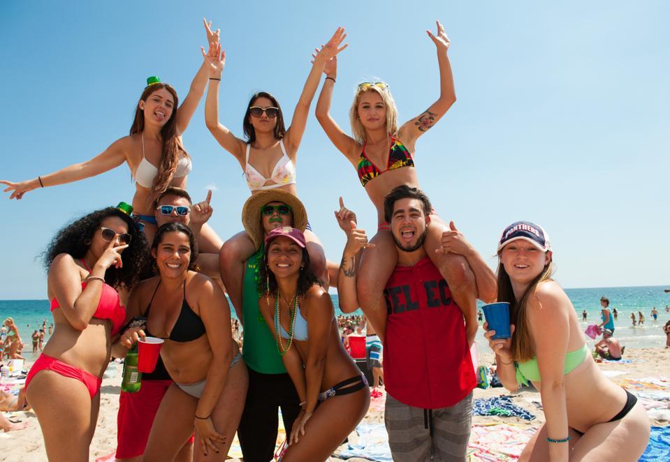 Spring Breakers Celebrate in Fort Lauderdale