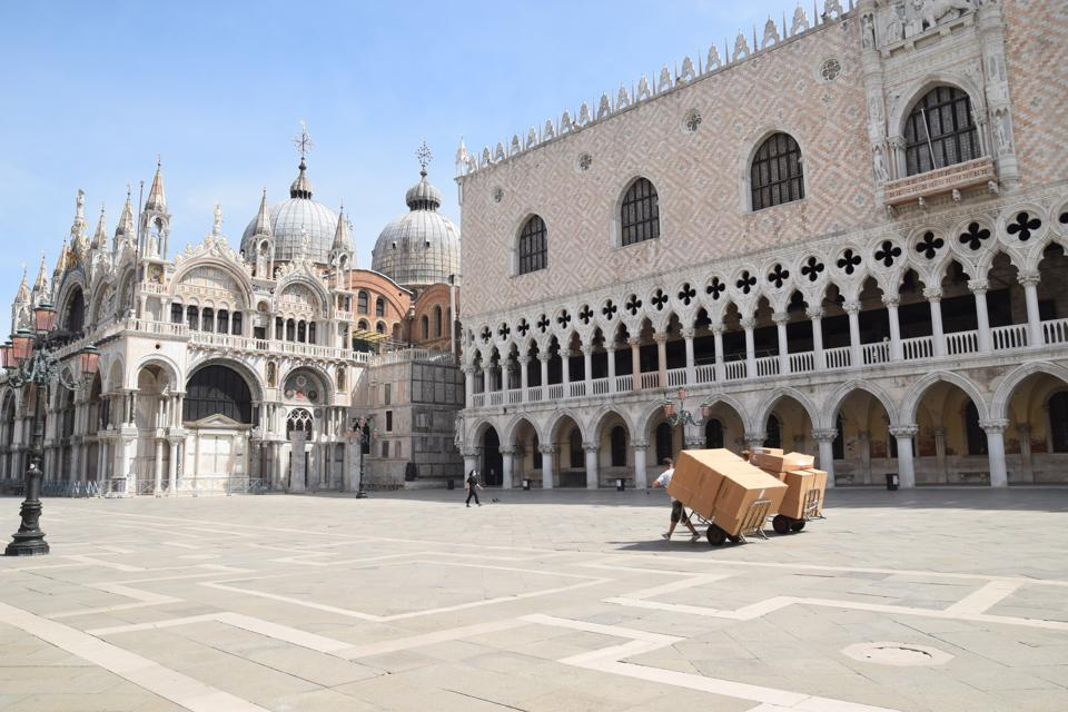 Venice St Mark's Square empty lockdown coronavirus