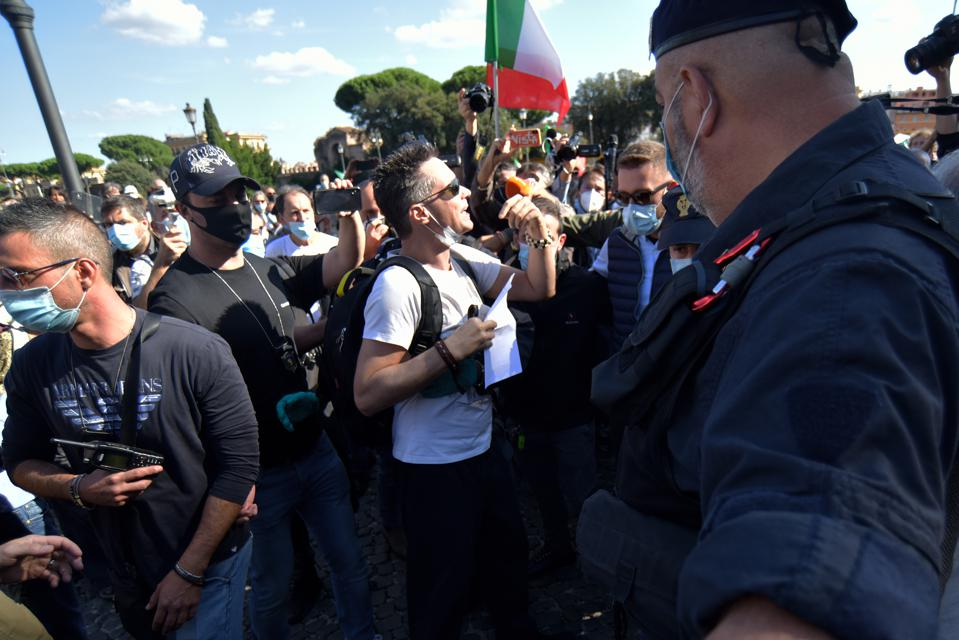 Rome Takes To Streets In Mass Anti-Government Protest