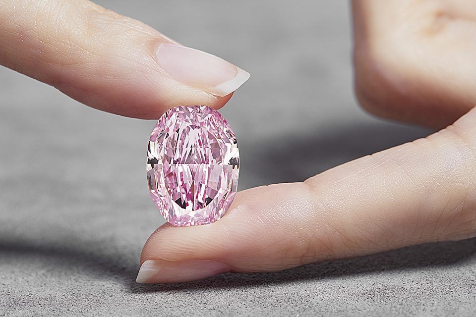 'The Spirit of the Rose' 14.83-carat fancy vivid purple-pink diamond
