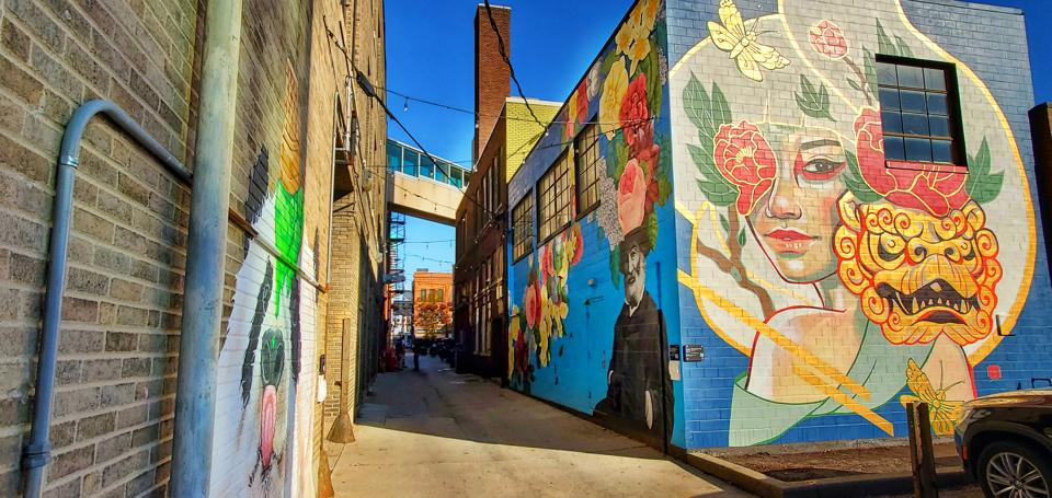 wall murals in alley