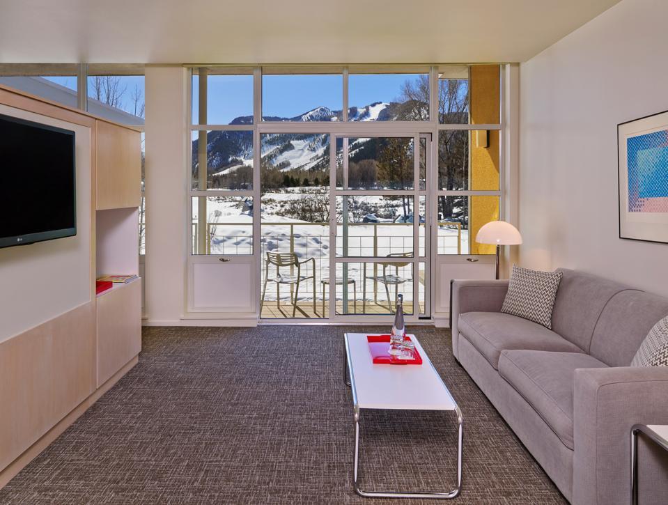 Aspen, Colorado Black Friday cyber Monday Travel Tuesday deals