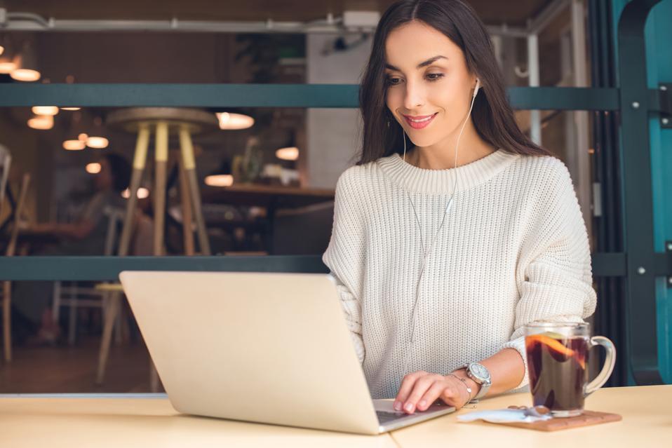 4 façons dont les entrepreneurs du commerce électronique développent leurs activités |  Stéphanie Burns