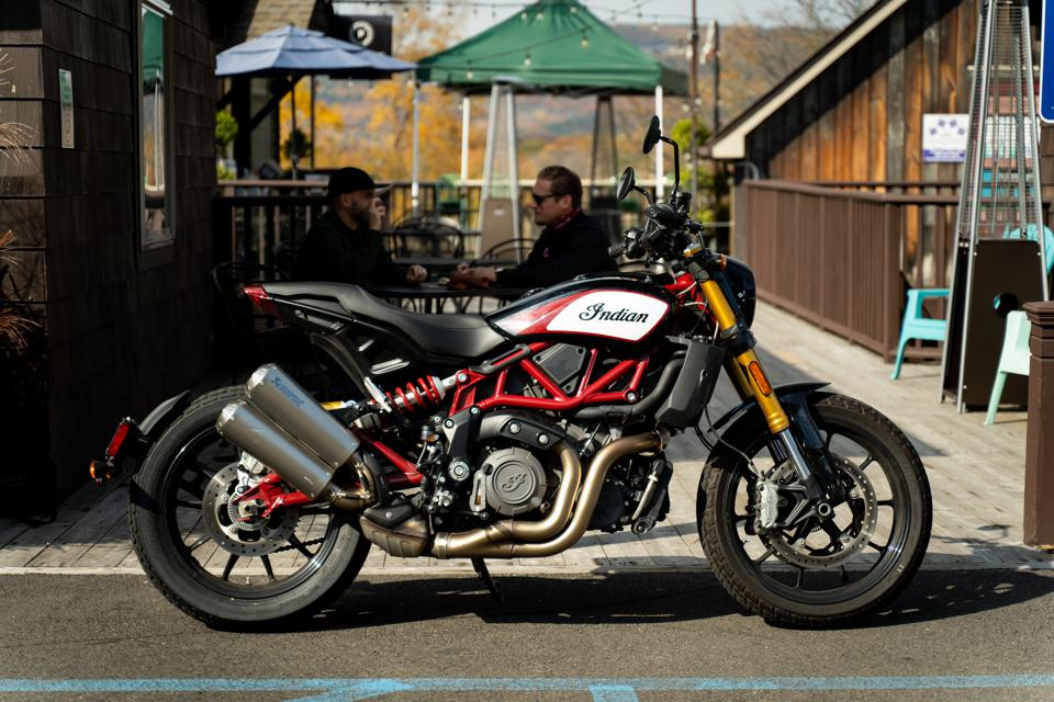 2020 Indian Motorcycles FTR 120)S