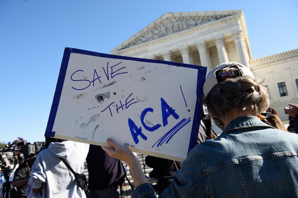 US-POLITICS-HEALTH-INSURANCE-JUSTICE