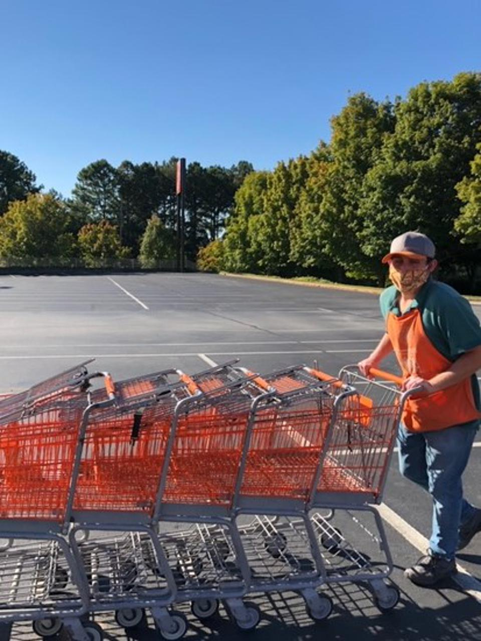 Noah Roberts of Ken's Krew at Home Depot working during the pandemic