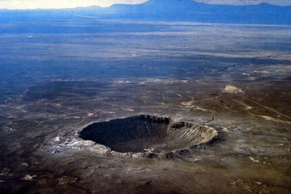 Meteor (Barringer) crater, in the Arizona desert, is over 1.1 km (0.7 mi) in diameter.