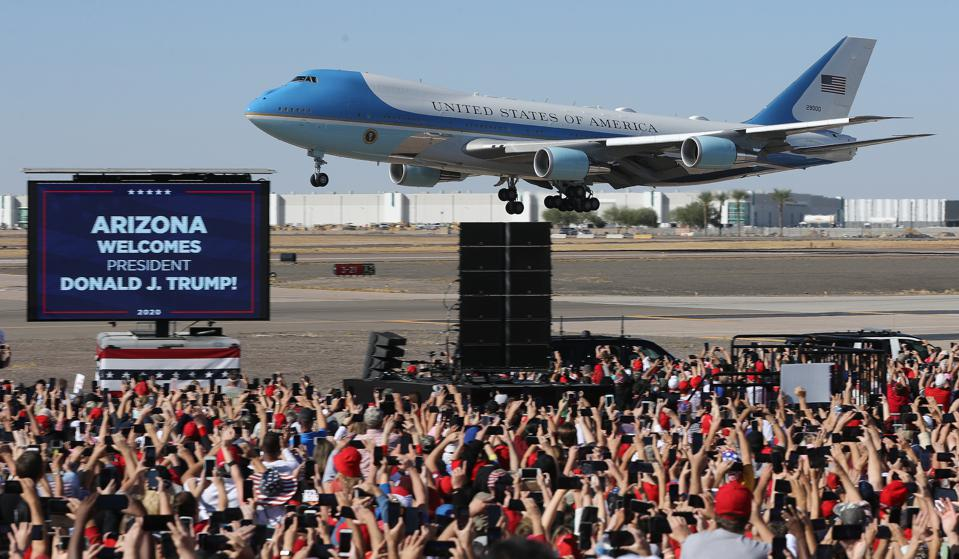28 Oct 2020: With U.S. President Donald Trump on board, Air Force One lands at Phoenix Goodyear Airport for a campaign rally.